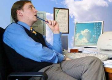 Найти работу в интернете на дому и не дать себя обмануть