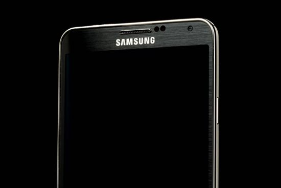 samsung-galaxy-note-3-top-screen-angle