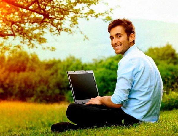 Ноутбук или компьютер для дома что лучше? Какие у них плюсы и минусы?
